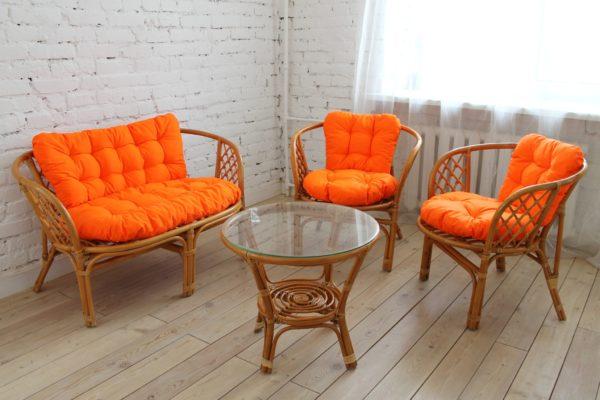 Комплект Багама, орех, подушки оранжевые
