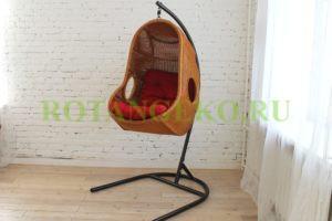 Подвесное кресло, ротанг- орех, подушка красная