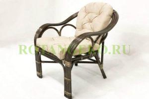 Кресло Маркос, ротанг - молочный шоколад, подушки - бежевые
